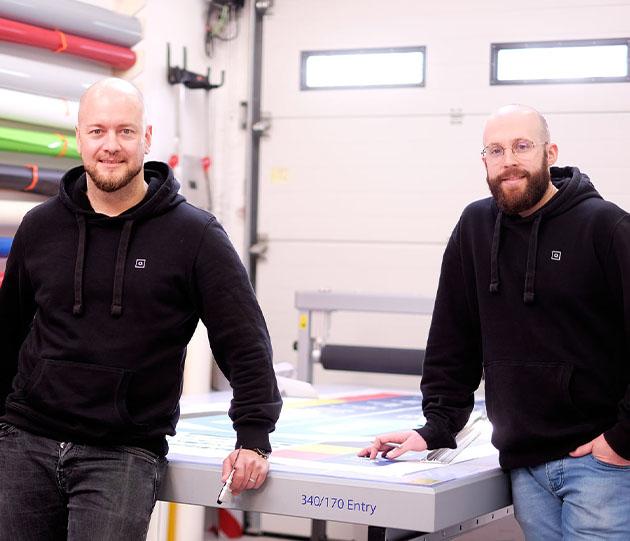 Firmenzusammenschluss Cloth PixPictures Aachen